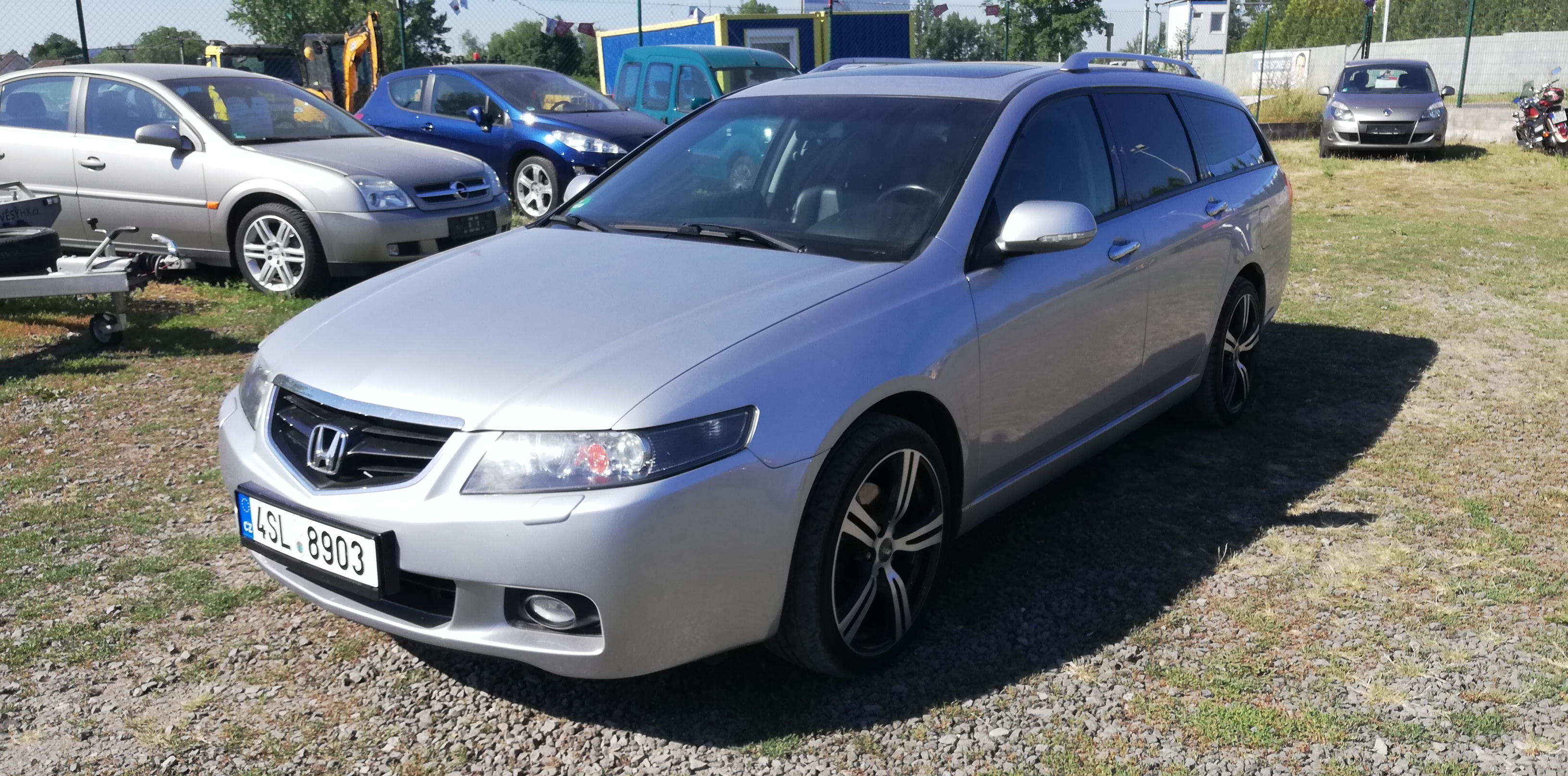 Honda Accord 2.4i-VTEC Exclusive,Navi,Klima,Temp,ALU+sada