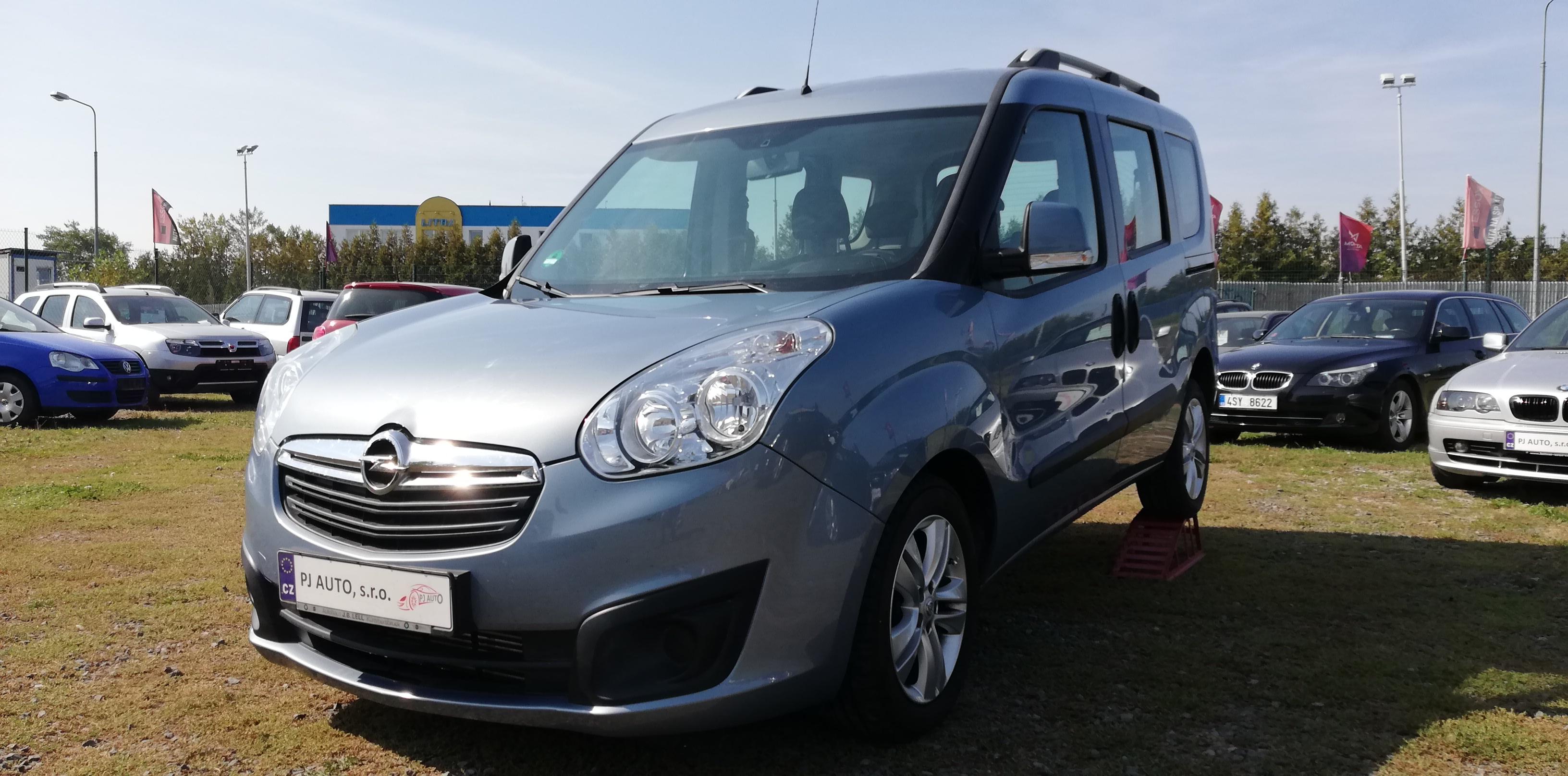 Opel Combo 1.6 CDTi 77kW Tour,ALU,Klima,ASR,Tažné